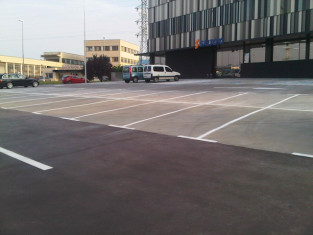 Parking Pol. Landaben